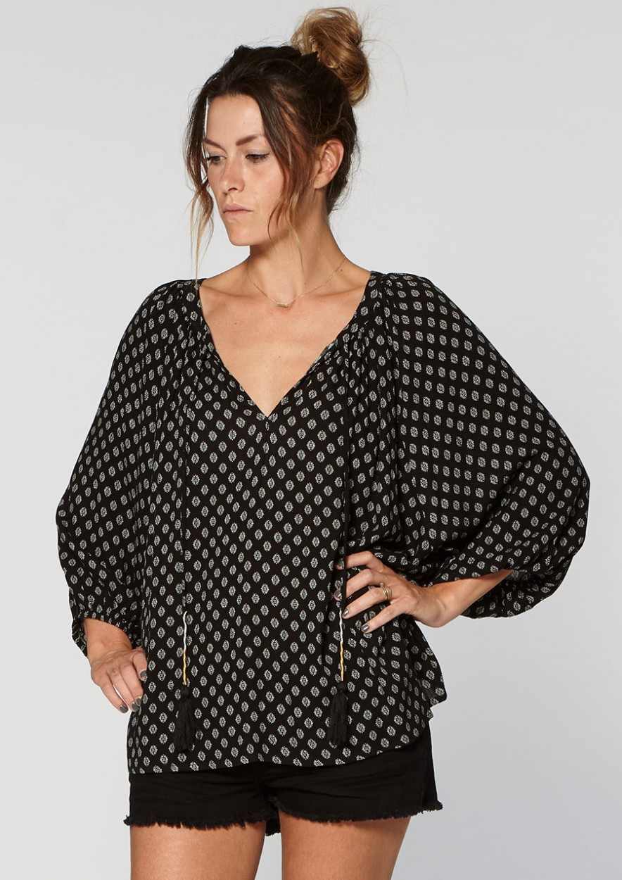 Stephanie Blouse Black Boho Rounds