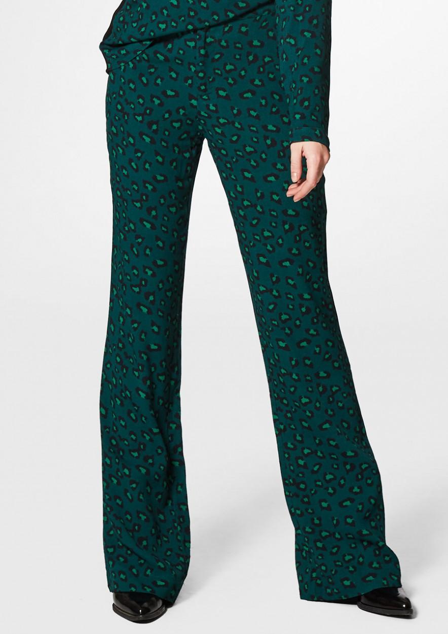 JAMES Groene Flare Pants met Luipaard print