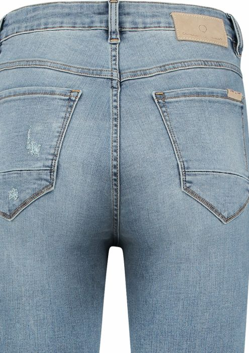 Chloe Mom Jeans Blue Illusion - Tapered Fit