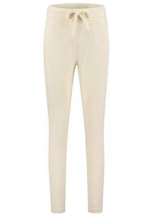 Joan Jogging Pant Antique White
