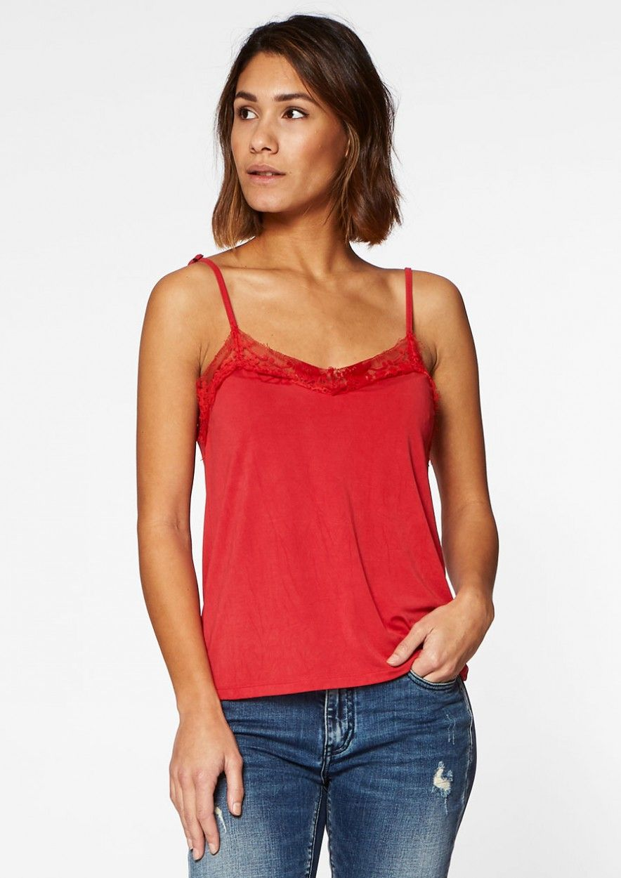 Vera Strap Red rules